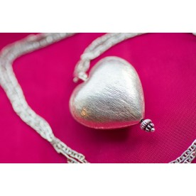 "Puff Heart Pendant - ""J'adore"""